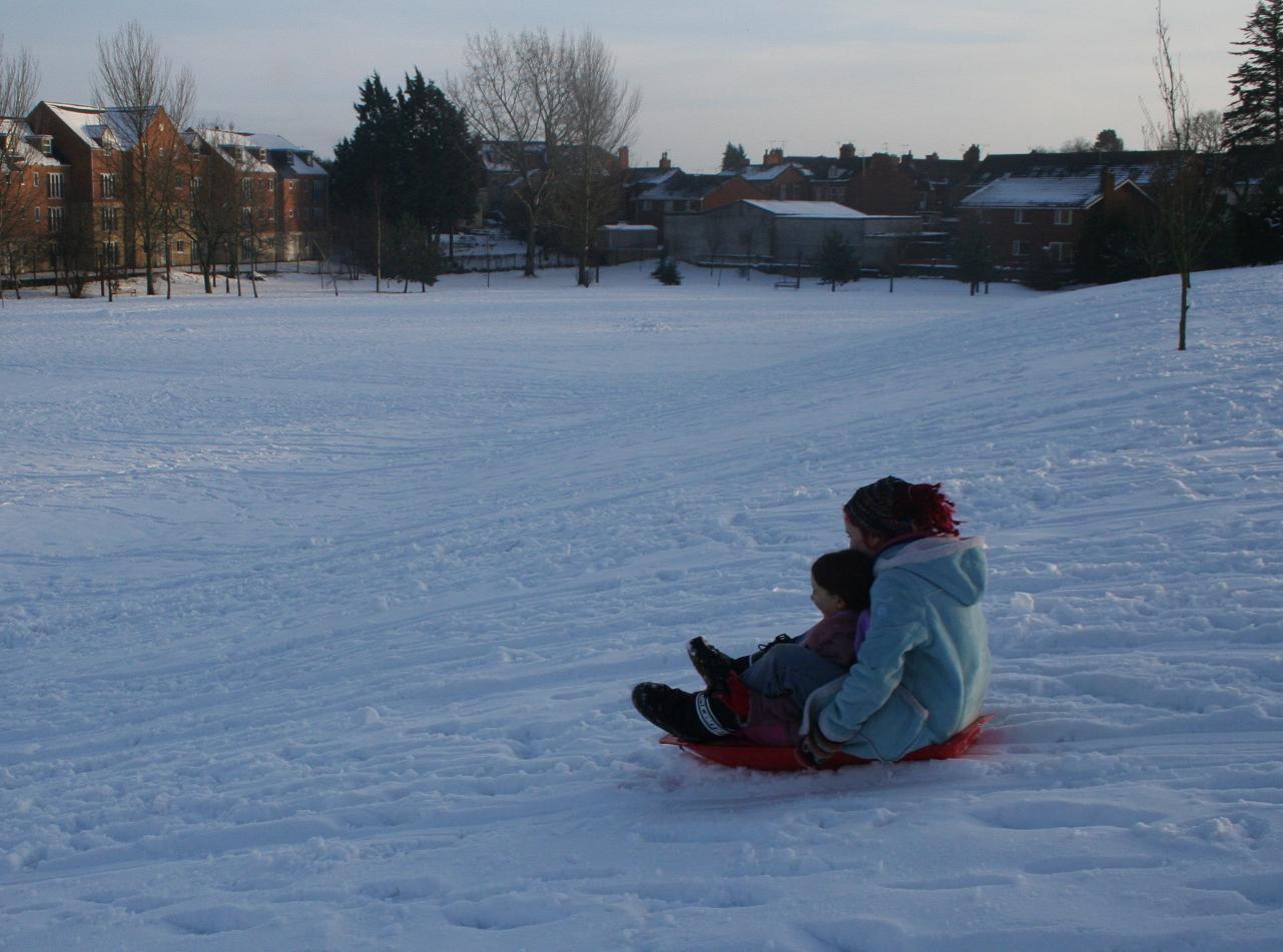 sledging 050