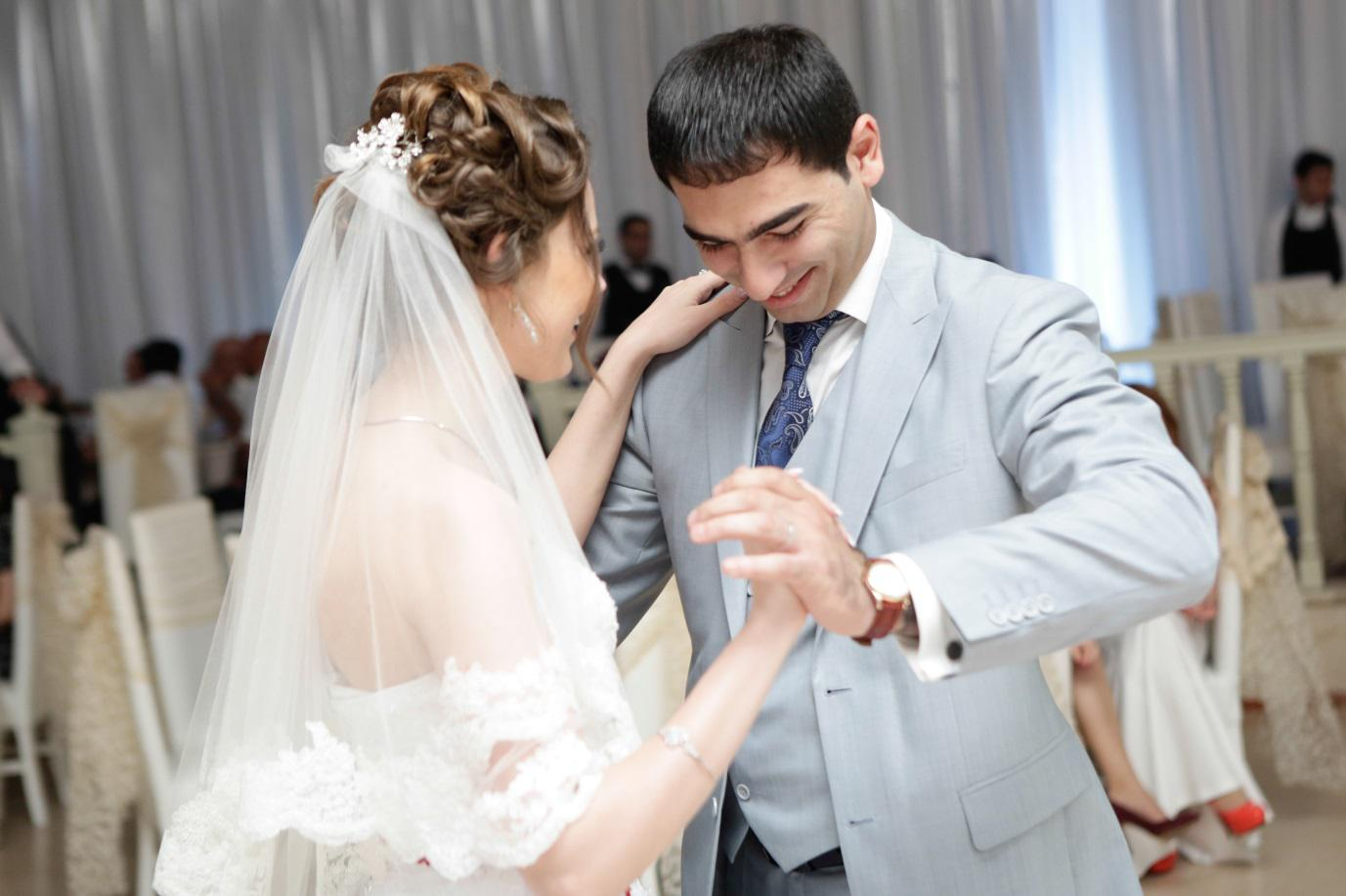 Great tips for saving on your wedding day