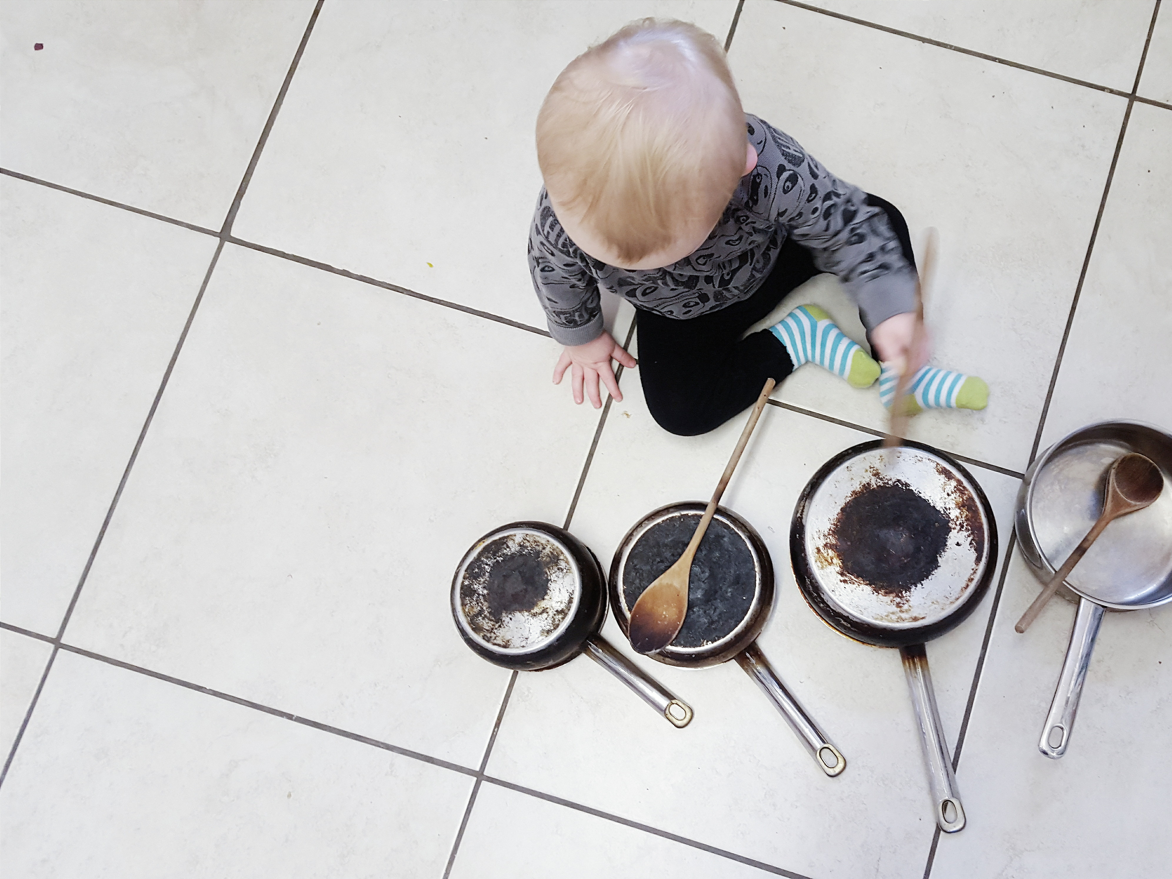 10 activities to keep your toddler busy