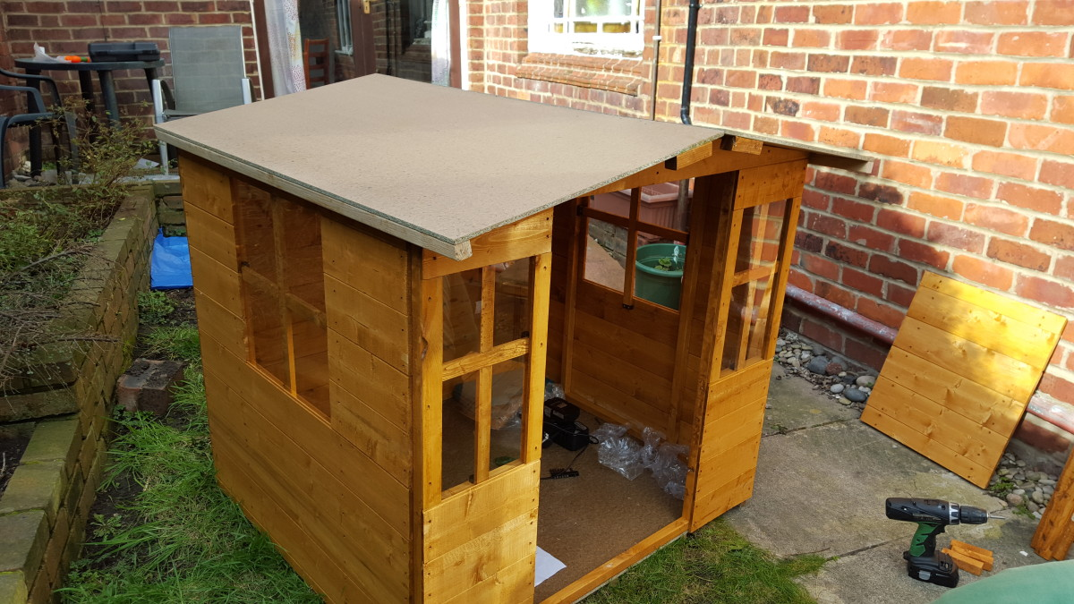 billyoh mad dash bunny wooden playhouse