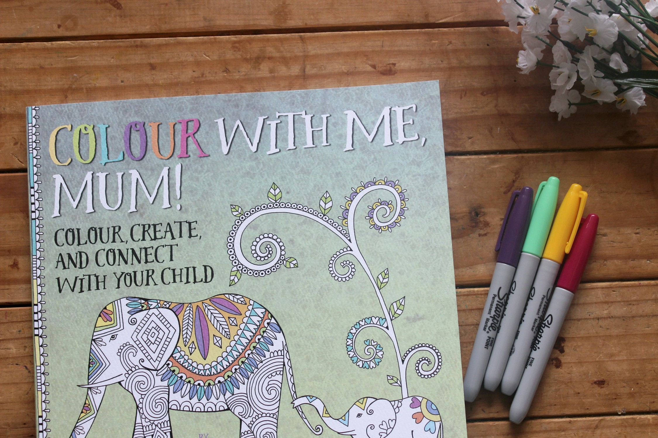 colour with me mum book