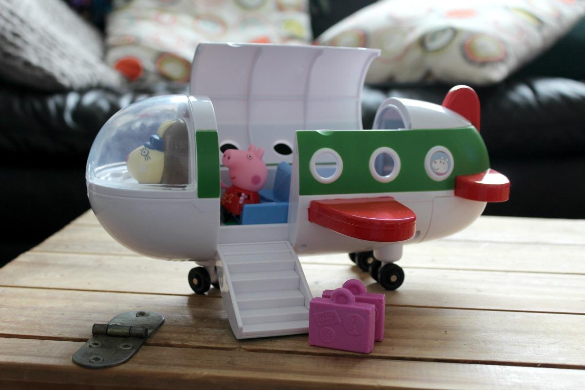 peppa pig plane