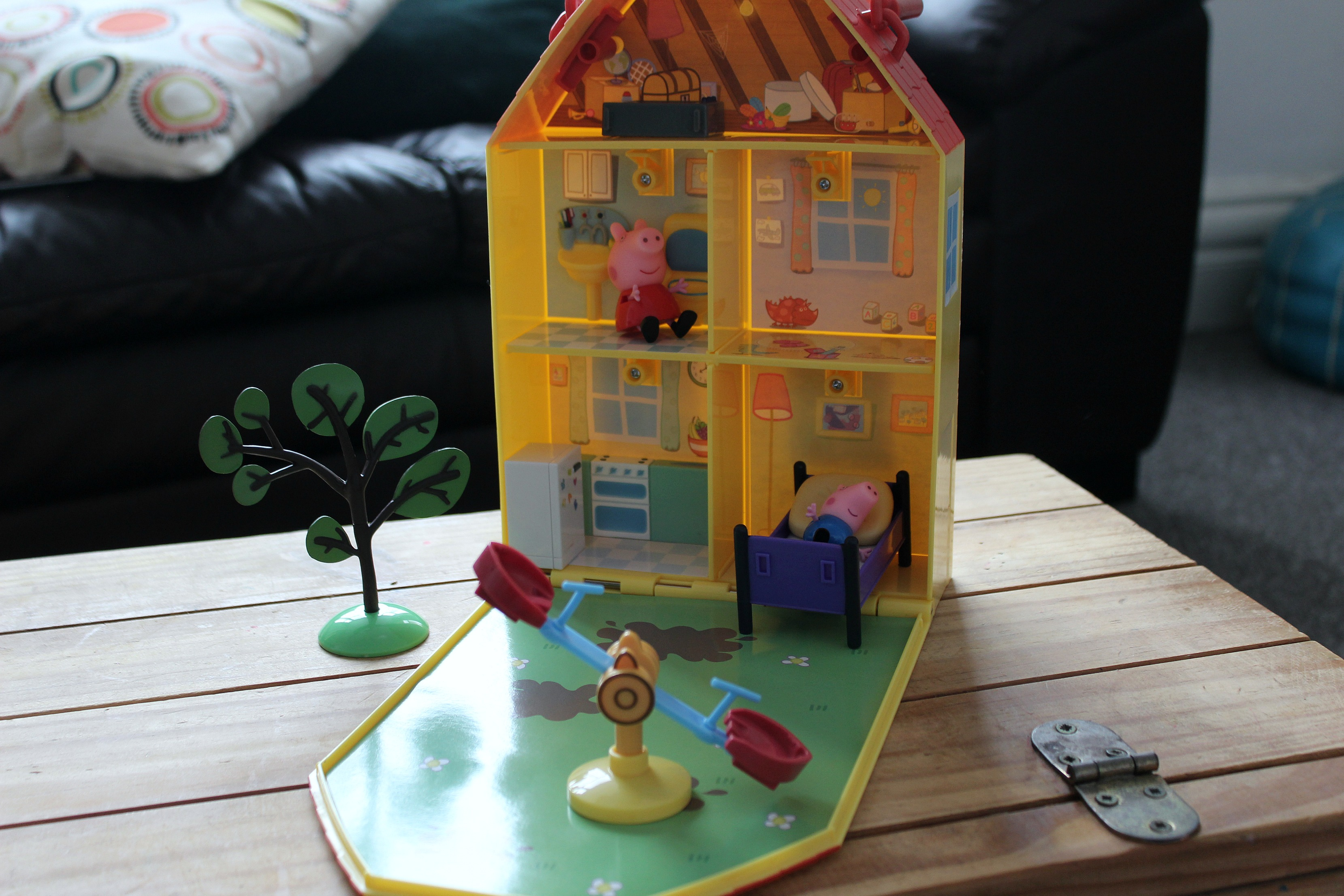 Peppa Pig Doll House House Plan 2017