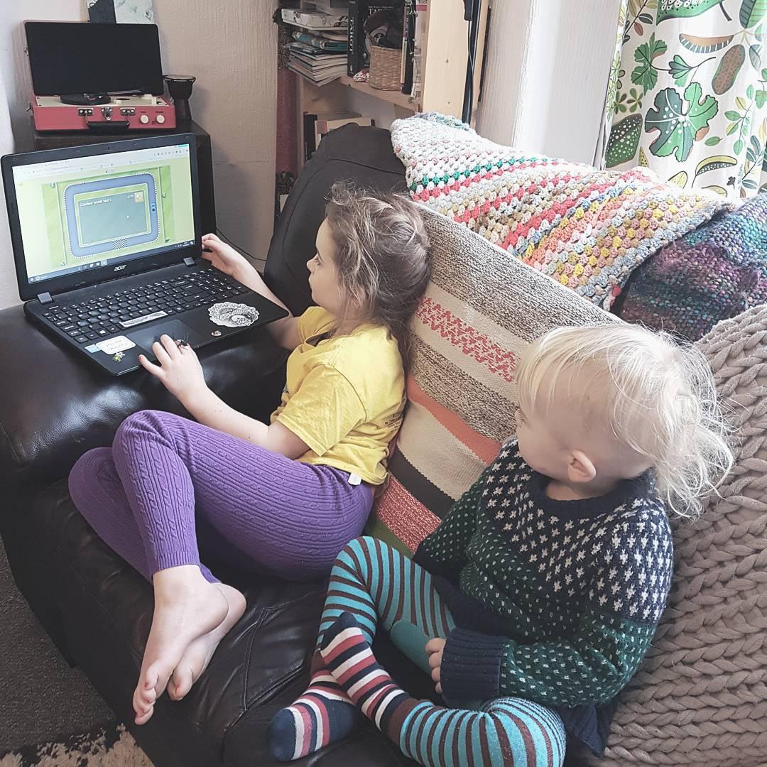 homeschooling-reading-eggs