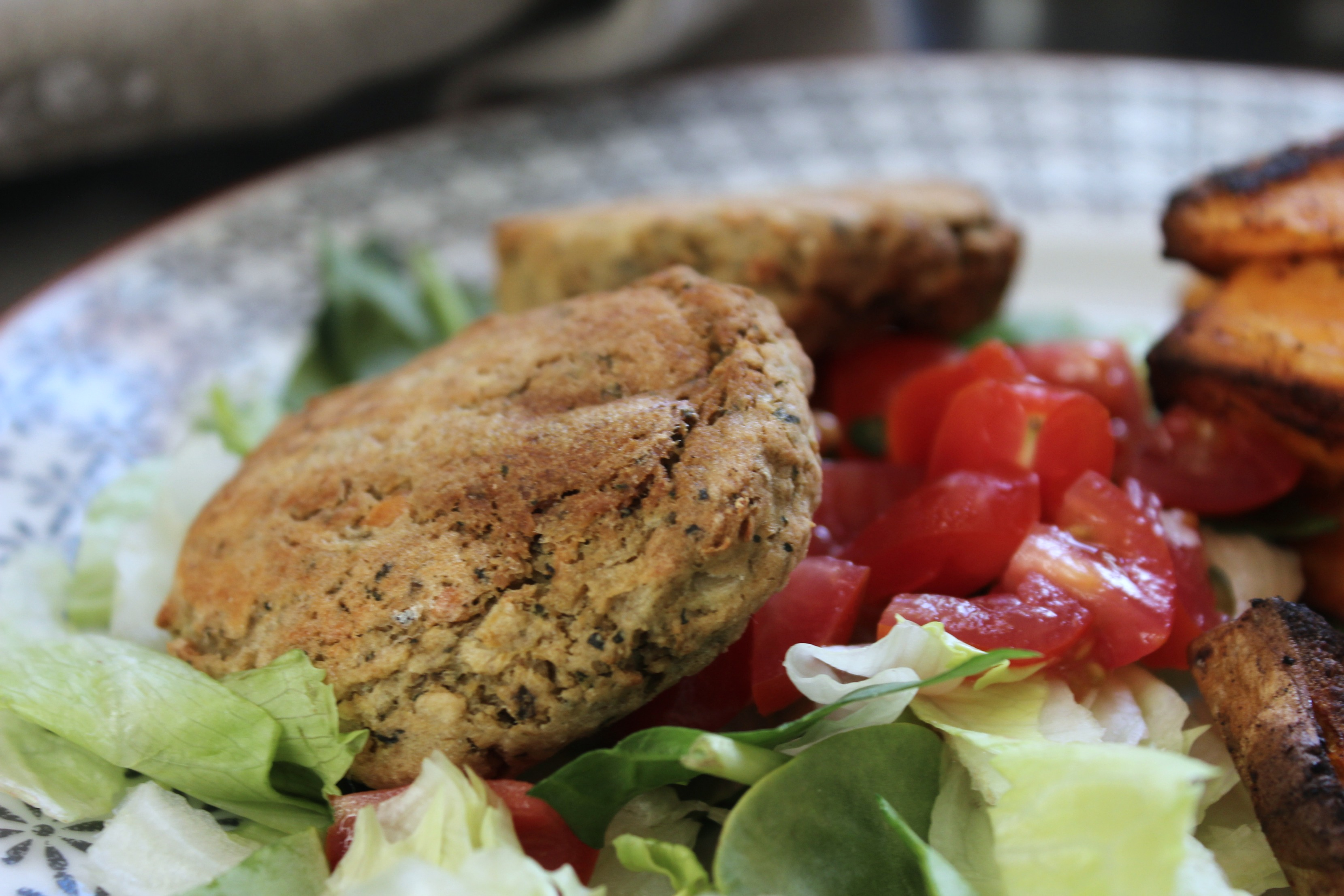 vegan-baked-falafel