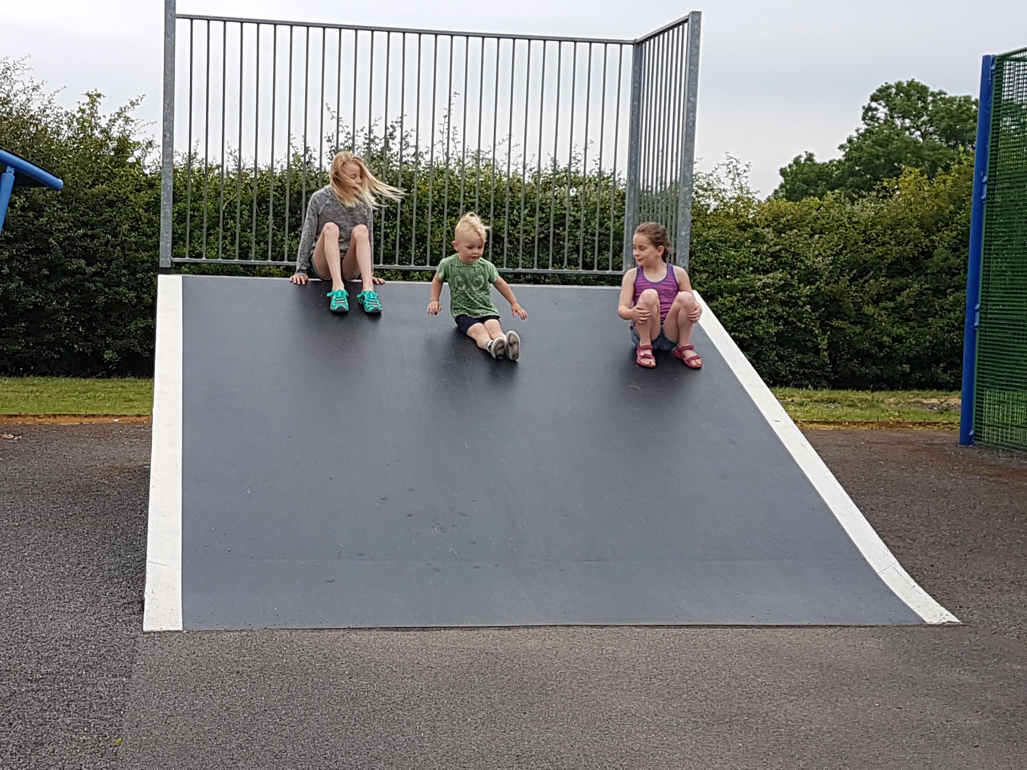 family-time-skate-park
