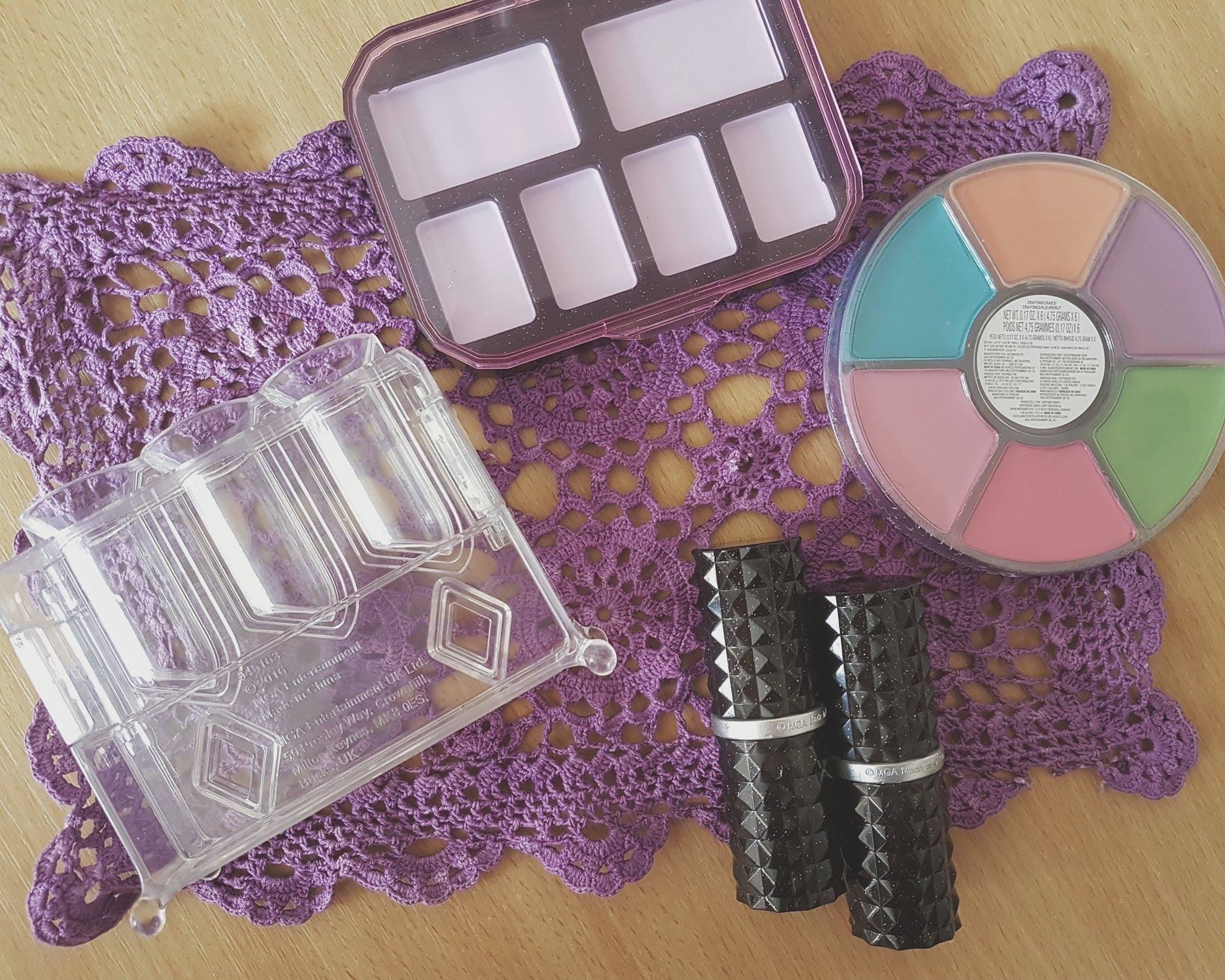 crayon-make-up-science-kit