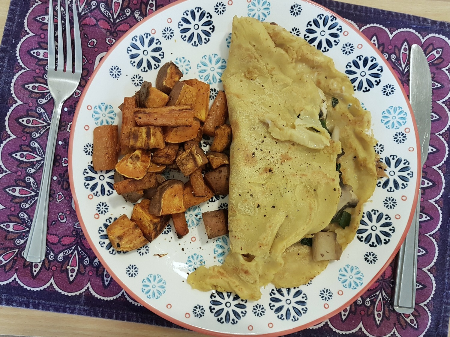 vegan-chickpea-crepe-with-garlic-mushrooms-and-spinach